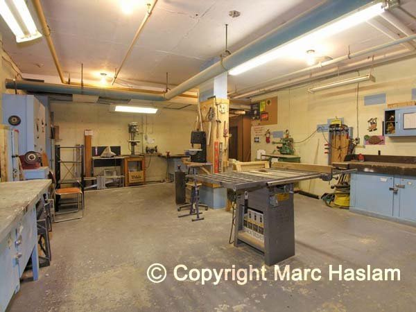carpentry workshop (JPG)