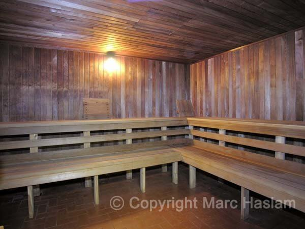 saunas (JPG)