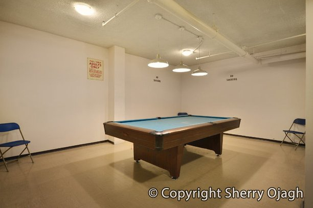 Lillooet Building Fullerton Ave North Vancouver - Fullerton pool table
