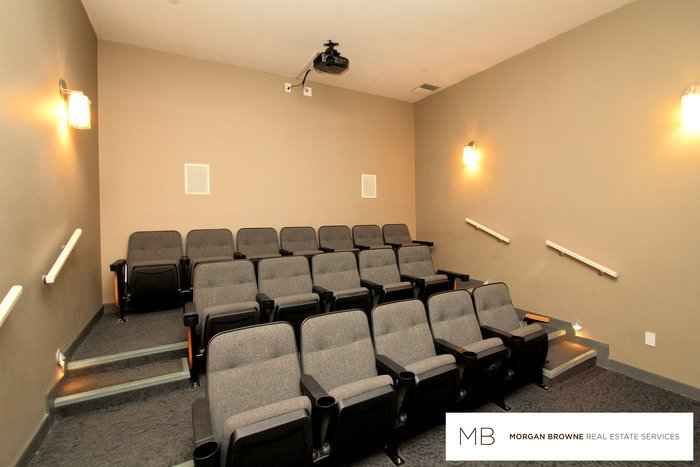 638beachaveicon1theatreroom (JPG)