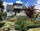 R2079947 - 320 E 16th Street, North Vancouver, BC, CANADA