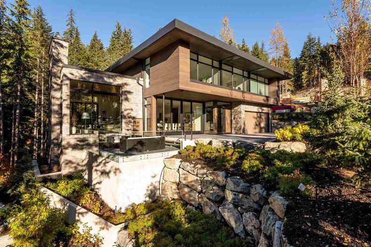 2934 Heritage Peaks Trail, Whistler - 5 beds, 8 baths - For Sale