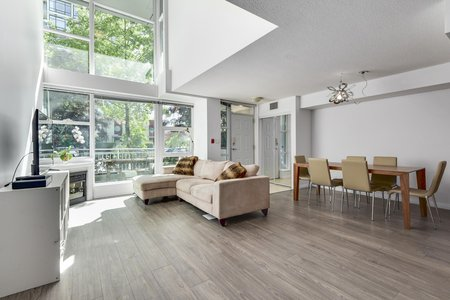 Still Photo for a 2 Bedroom Townhouse in North Vancouver