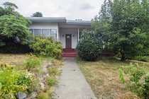 2495 Mathers AvenueWest Vancouver