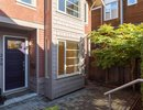 R2214568 - 258 W 17th Street, North Vancouver, BC, CANADA