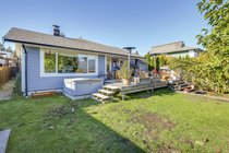 389 Beachview DriveNorth Vancouver