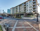 R2228338 - 304 - 123 W 1st Street, North Vancouver, BC, CANADA