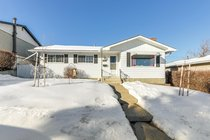 1028 NW Hunterdale PlaceCalgary