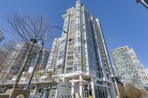 2207 - 1077 Marinaside CrescentVancouver
