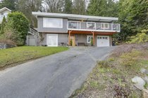 1967 Cliffwood RoadNorth Vancouver