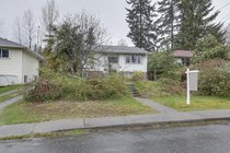 512 W 24th StreetNorth Vancouver