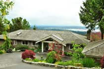 1041 MILLSTREAM RDWest Vancouver