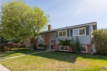 1036 SE Lake Twintree DriveCalgary