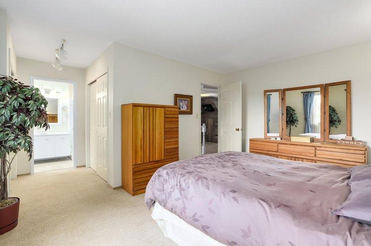 6151 Dover Road Richmond 5 Beds 4 Baths For Sale