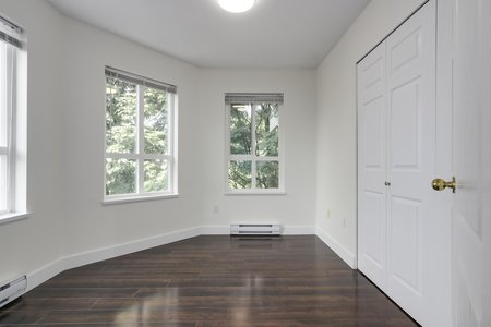 Still Photo for a 3 Bedroom Apartment in Richmond