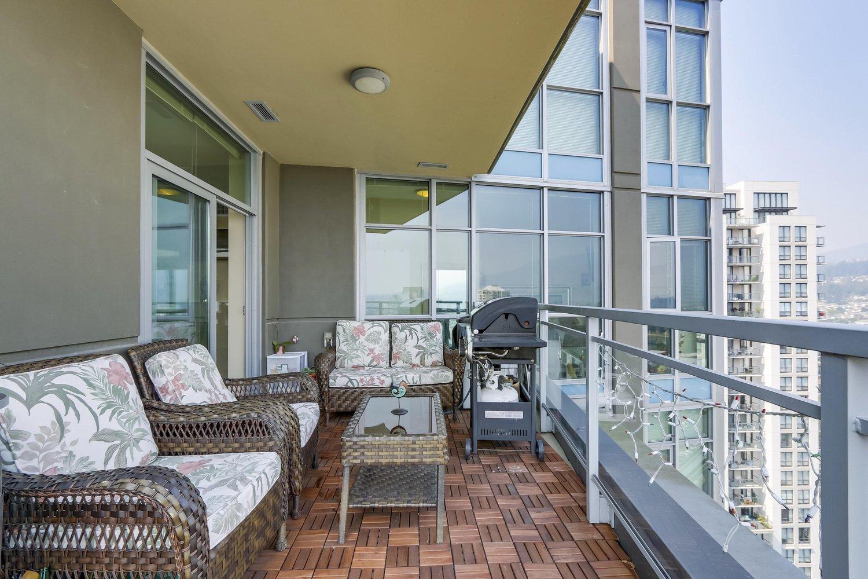 2702 3008 Glen Drive, Coquitlam - 2 beds, 2 baths - For Sale