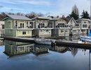 R2325914 - 415 W Esplanade Street, North Vancouver, BC, CANADA