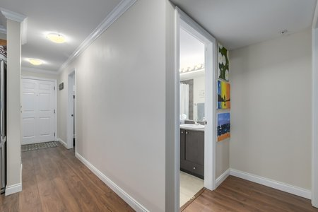Still Photo for a 2 Bedroom Apartment in Langley