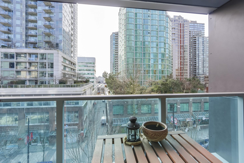 502 788 Hamilton Street, Vancouver - 2 beds, 3 baths - For