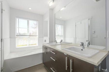Still Photo for a 4 Bedroom Townhouse in Coquitlam