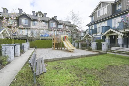 Still Photo for a 4 Bedroom Townhouse in Richmond