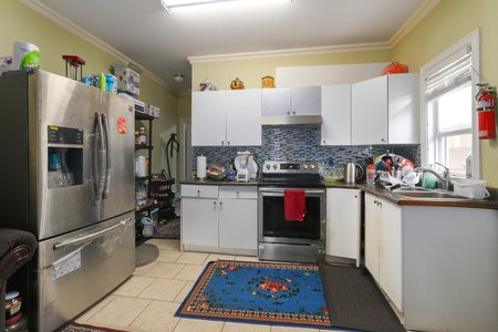 Still Photo for a 7 Bedroom House in Richmond