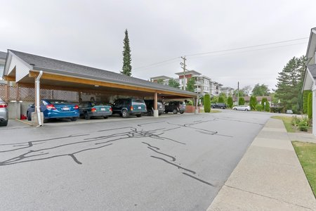 Still Photo for a 2 Bedroom Townhouse in Maple Ridge