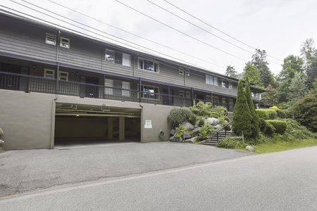 Still Photo for a 3 Bedroom Townhouse in West Vancouver