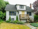 R2426780 - 733 Thirteenth Street, New Westminster, BC, CANADA
