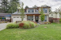 1560 Maple StreetWhite Rock