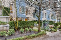 186 Chesterfield AvenueNorth Vancouver