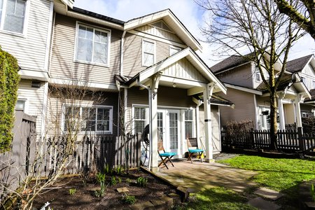 Still Photo for a 4 Bedroom Townhouse in Langley