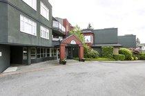 301 - 2800 Chesterfield AvenueNorth Vancouver