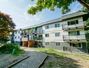 R2489826 - 203 - 357 E 2nd Street, North Vancouver, BC, CANADA