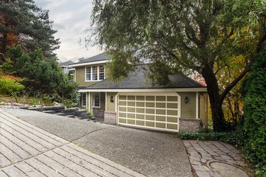 Real estate photography for a 3 Bedroom House in Port Moody