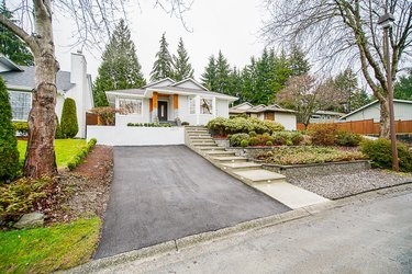 Real estate photography for a 3 Bedroom House in North Vancouver