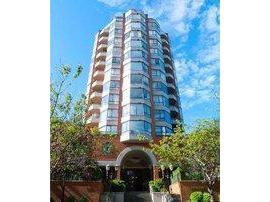 V854145 - 401 - 1860 Robson Street, Vancouver, BC - Apartment