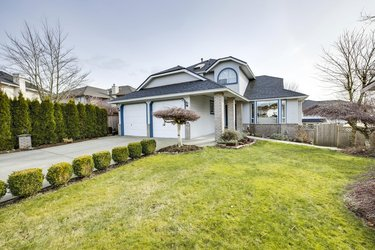 Real estate photography for a 6 Bedroom House in Abbotsford