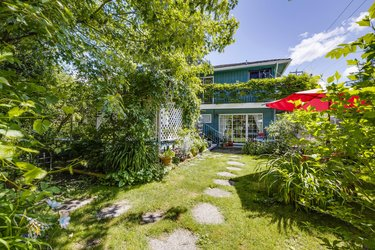 Real estate photography for a 5 Bedroom House in Port Coquitlam