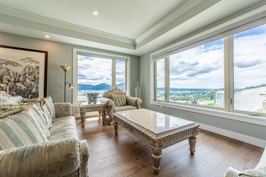 Real estate photography for a 5 Bedroom House in Abbotsford