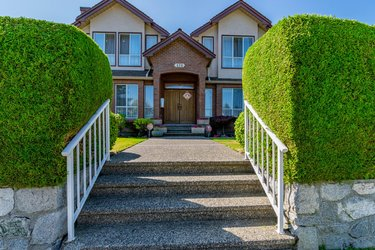 Real estate photography for a 5 Bedroom House in Vancouver