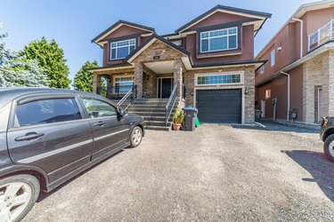 Real estate photography for a 9 Bedroom House in New Westminster