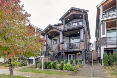Real estate photography for a 5 Bedroom House in Coquitlam