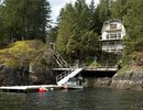 V994369 - 2937 Panorama Drive, North Vancouver, British Columbia, CANADA