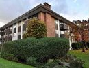 V955344 - 205 - 1345 Chesterfield Ave, North Vancouver, British Columbia, CANADA