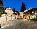 V1011619 - 2940 Mathers Ave, West Vancouver, British Columbia, CANADA