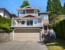 V1040239 - 3328 Mahon Ave, North Vancouver, British Columbia, CANADA
