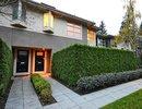 V1034599 - 40 - 3750 Edgemont Blvd, North Vancouver, British Columbia, CANADA
