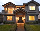 V1035697 - 1612 Sutherland Ave, North Vancouver, British Columbia, CANADA