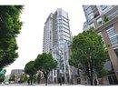 V1042887 - 602 - 565 Smithe Street, Vancouver, British Columbia, CANADA